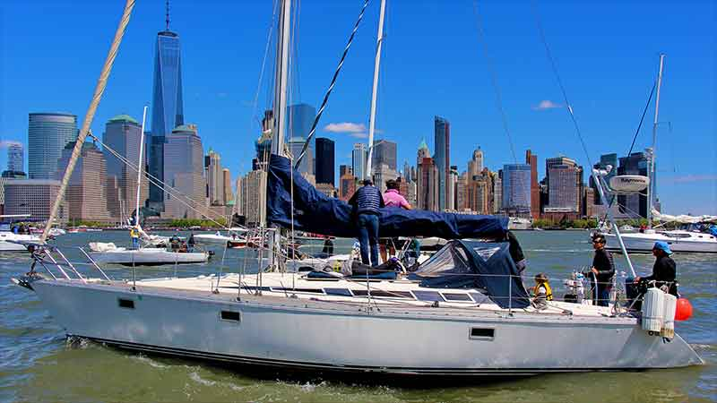Sailing Manhattan